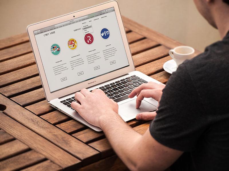 creazione siti web aziendali monza e brianza